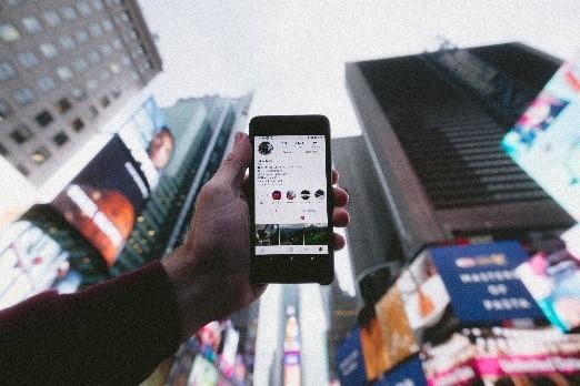 téléphone influenceurs